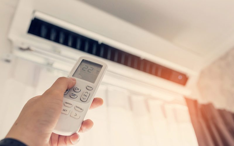 3 Tips for Creating the Best Room Temperature for Sleep